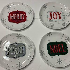 ✨3/$30 - 4 Melamine Small Plates Christmas Holiday